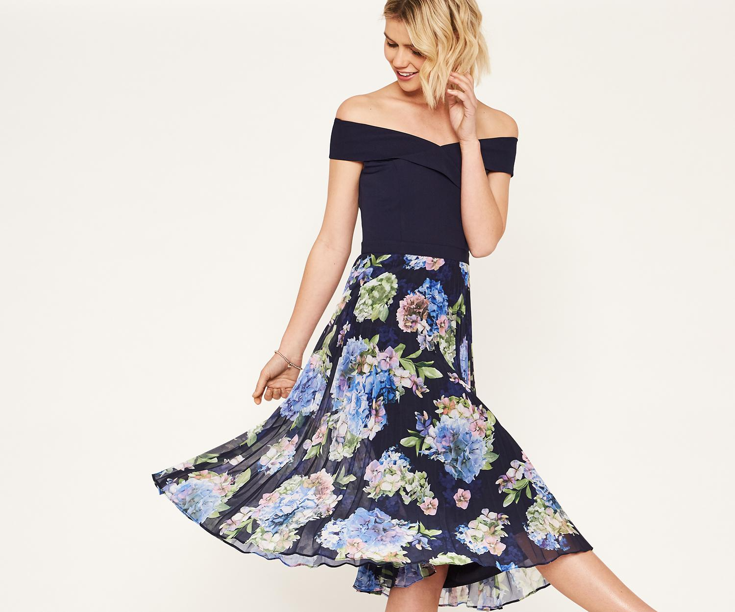 712afb20d76b2 Oasis Hydrangea Bardot Pleat Midi in Blue - Lyst