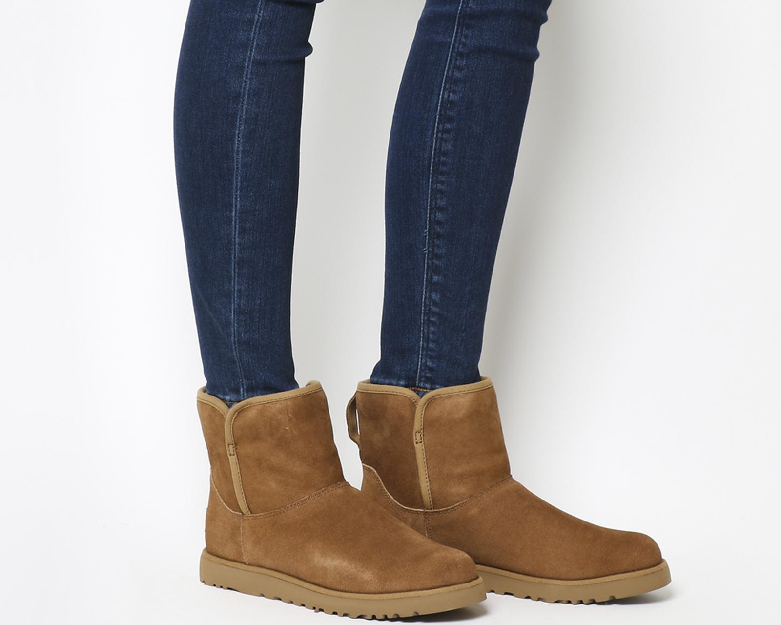 ffb1cd2b5df Ugg Brown Cory Mini Slim Boot