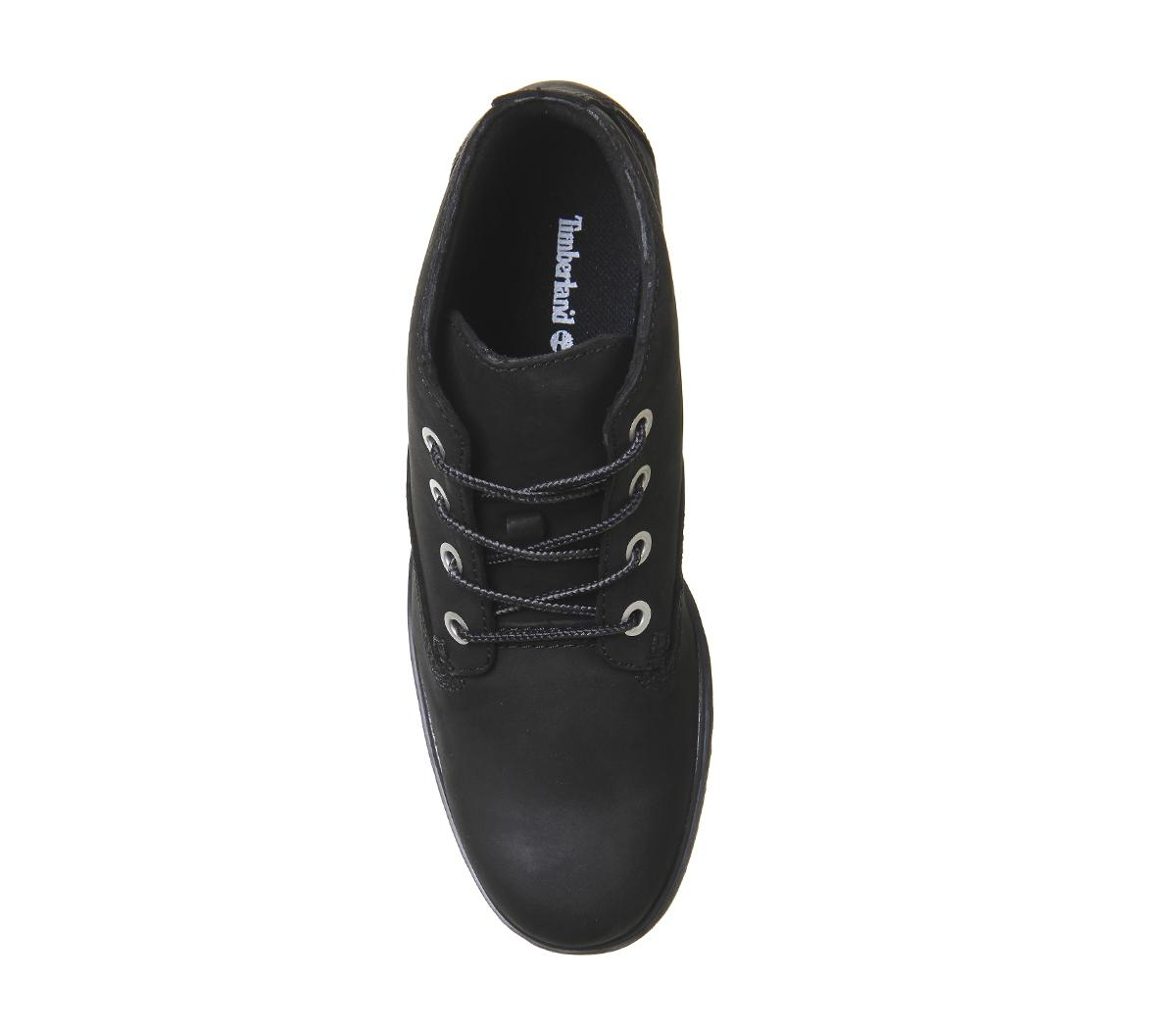 Slim Nellie Chukka Boots in Black