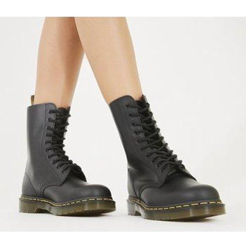 1490 Virginia 10 Eye Boots