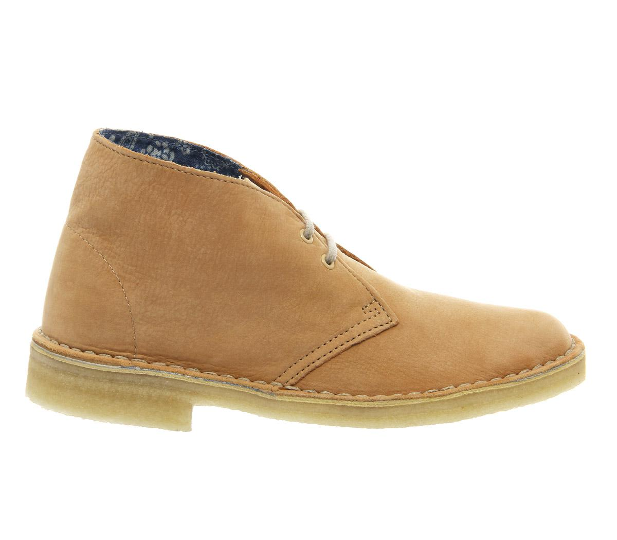 Clarks Desert Boots (w) in Natural