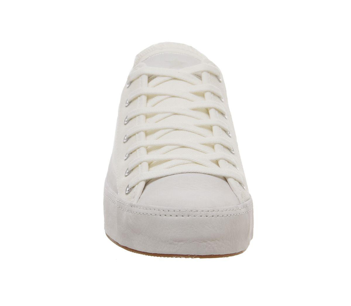 Converse Canvas Sasha Ox Trainers in