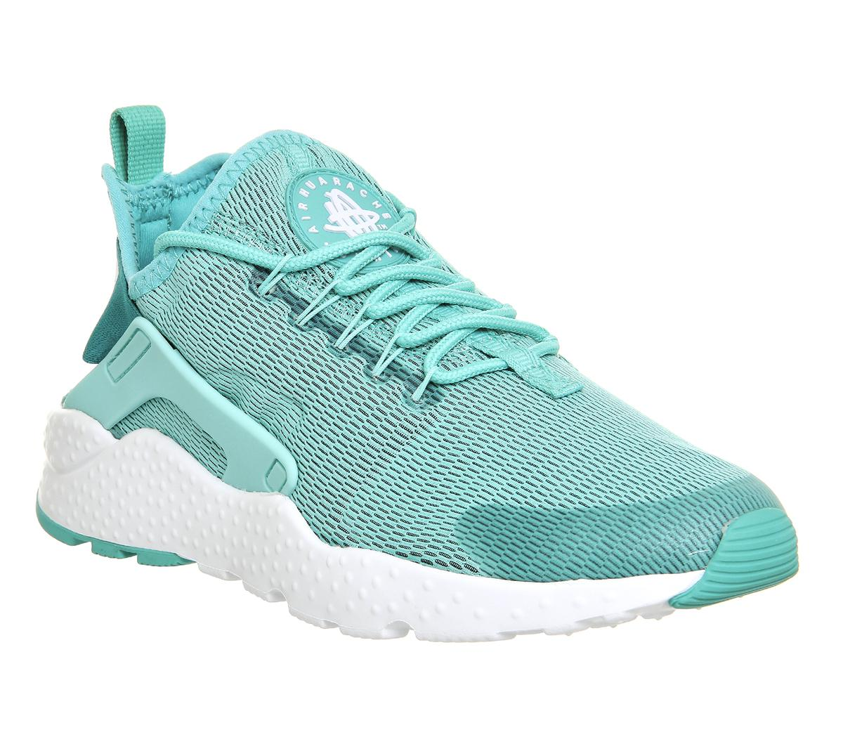 lowest price fe333 8c92f Gallery. Previously sold at  Offspring · Women s Nike Air Huarache ...