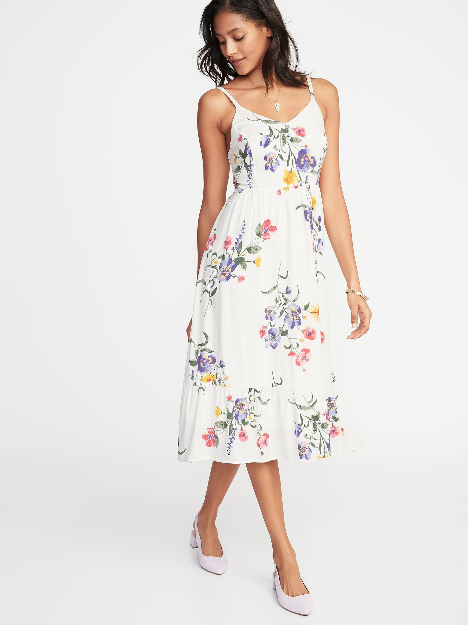 Old Navy Fit /& Flare Lined White Floral Cami Dress   Sz M   NWT