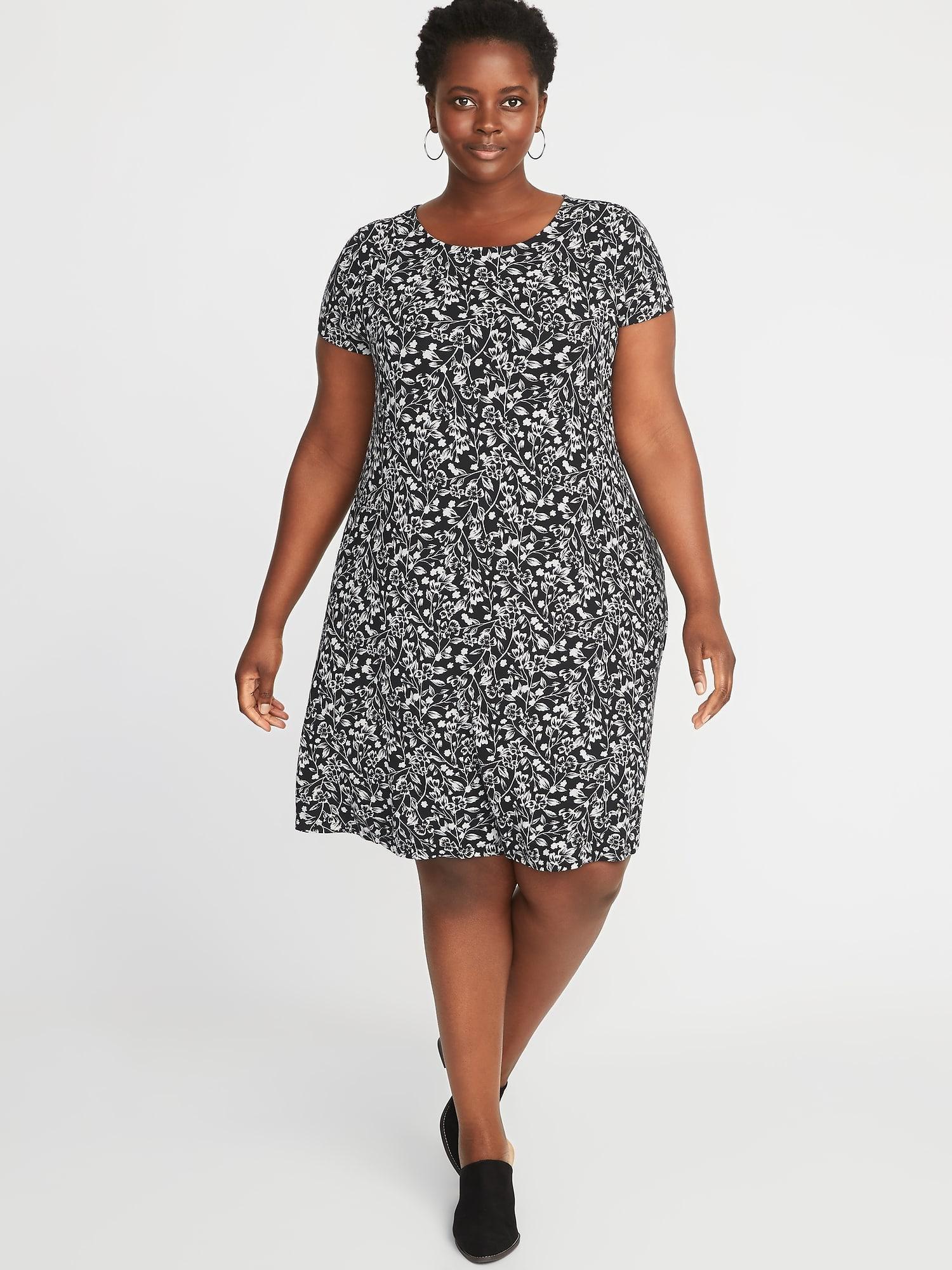 3d7f6bf4cf37 Old Navy Black Short Sleeve Dress - PostParc