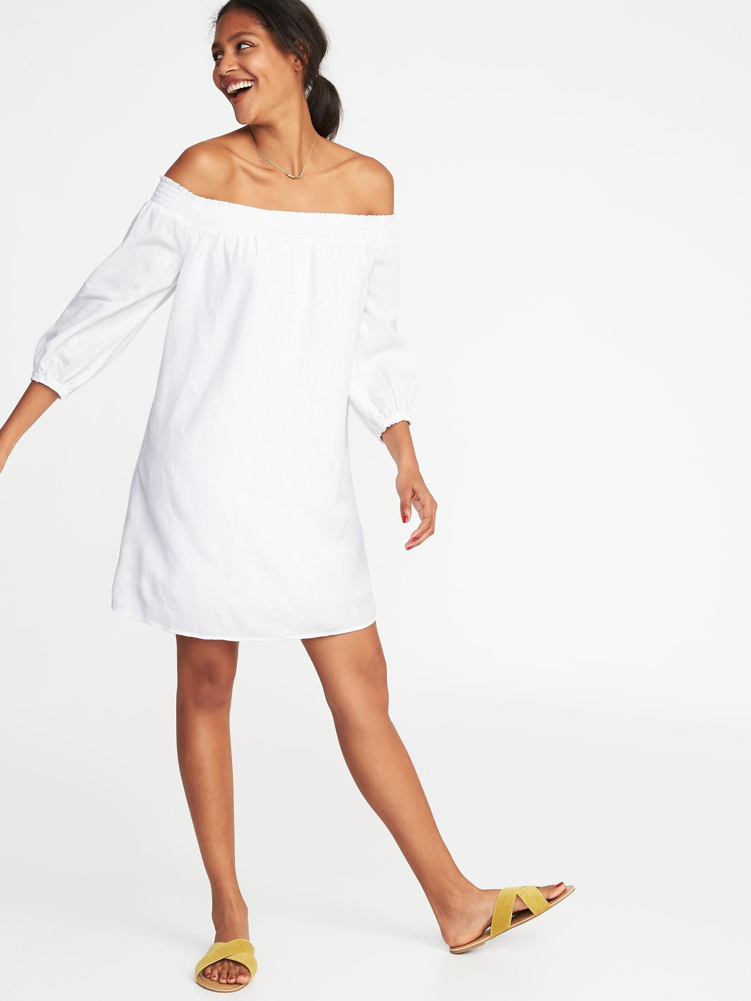 6caee14015f6 Gallery. Previously sold at  Old Navy · Women s Off The Shoulder Dresses ...