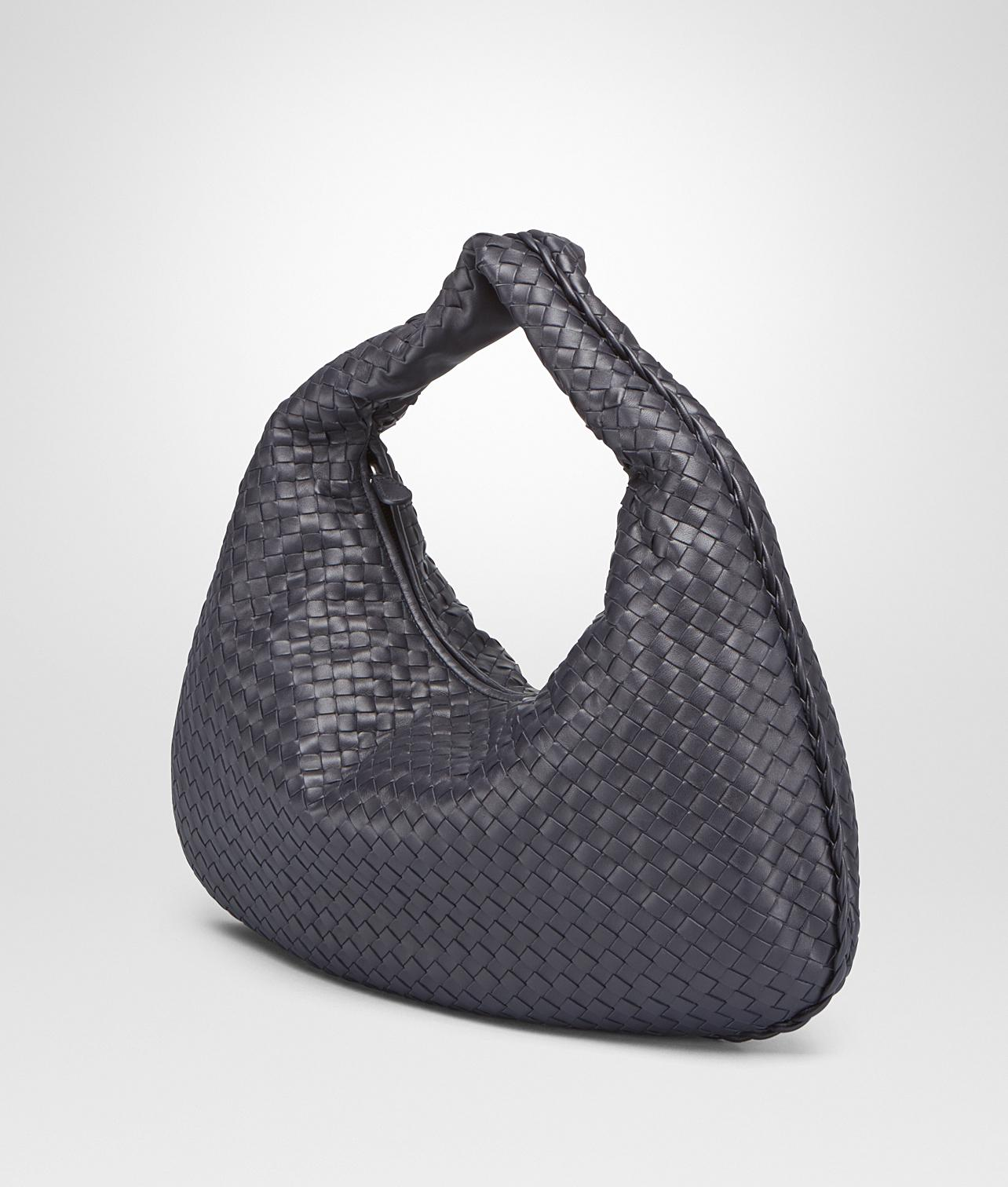 d3d07de4cb2c Lyst - Bottega Veneta Light Gray Intrecciato Nappa Large Veneta Bag