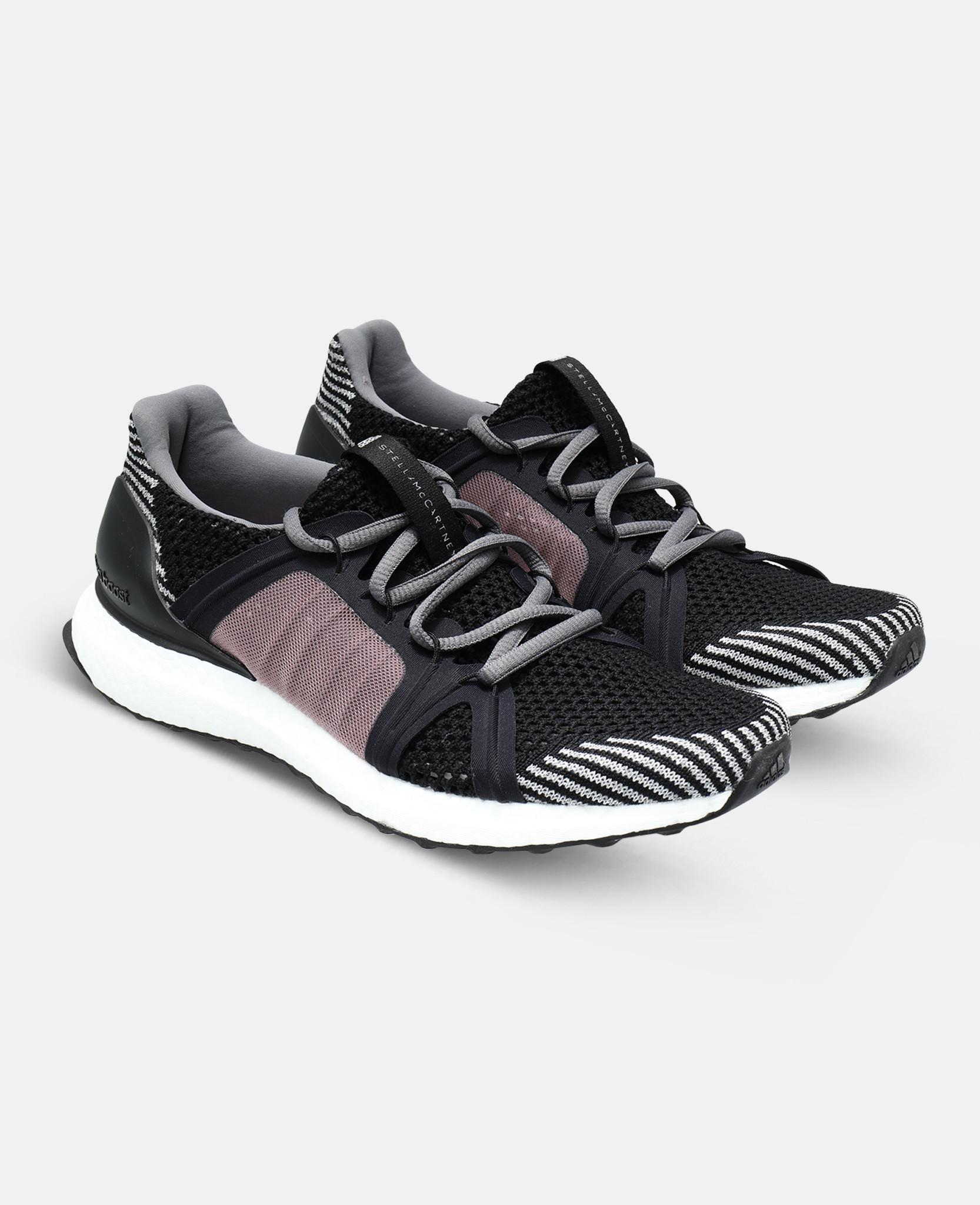 b6b533c1910 Lyst - adidas By Stella McCartney Black Ultraboost Sneakers in Black