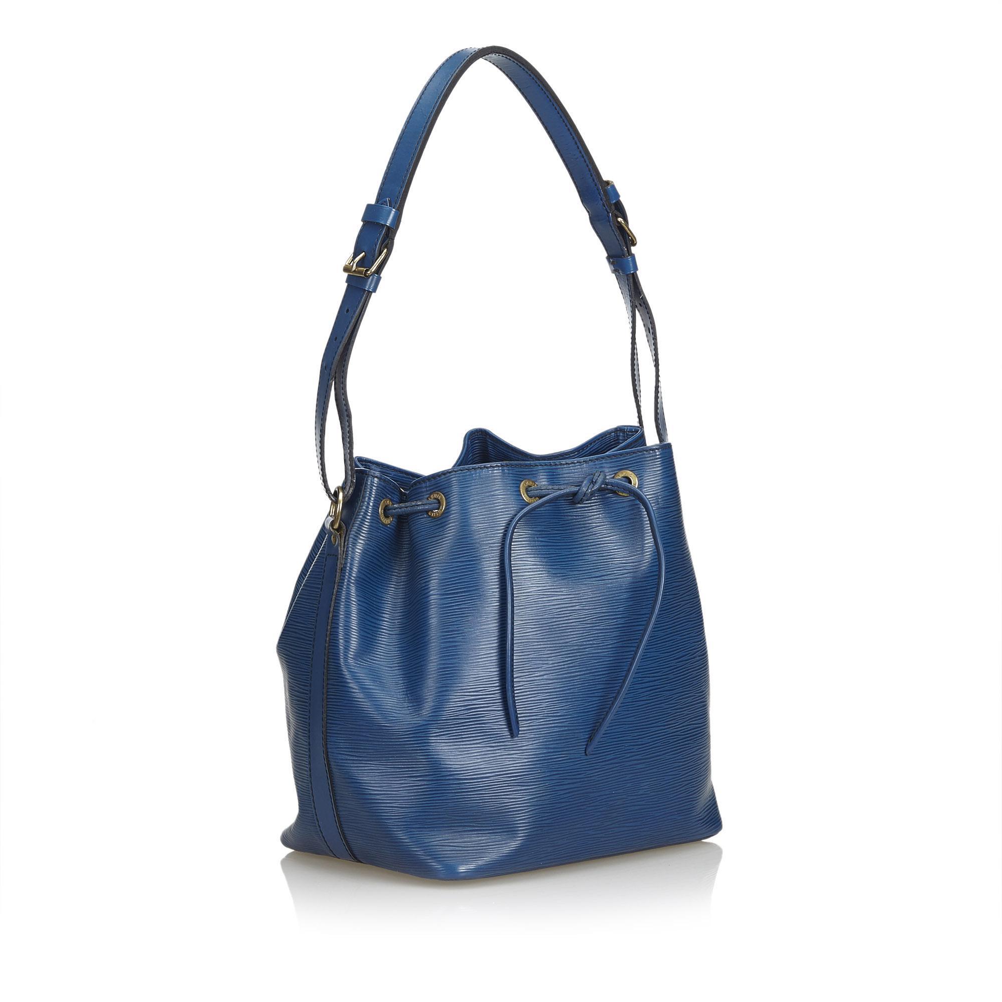 01870e3c6231 Lyst - Louis Vuitton Epi Petit Noe in Blue