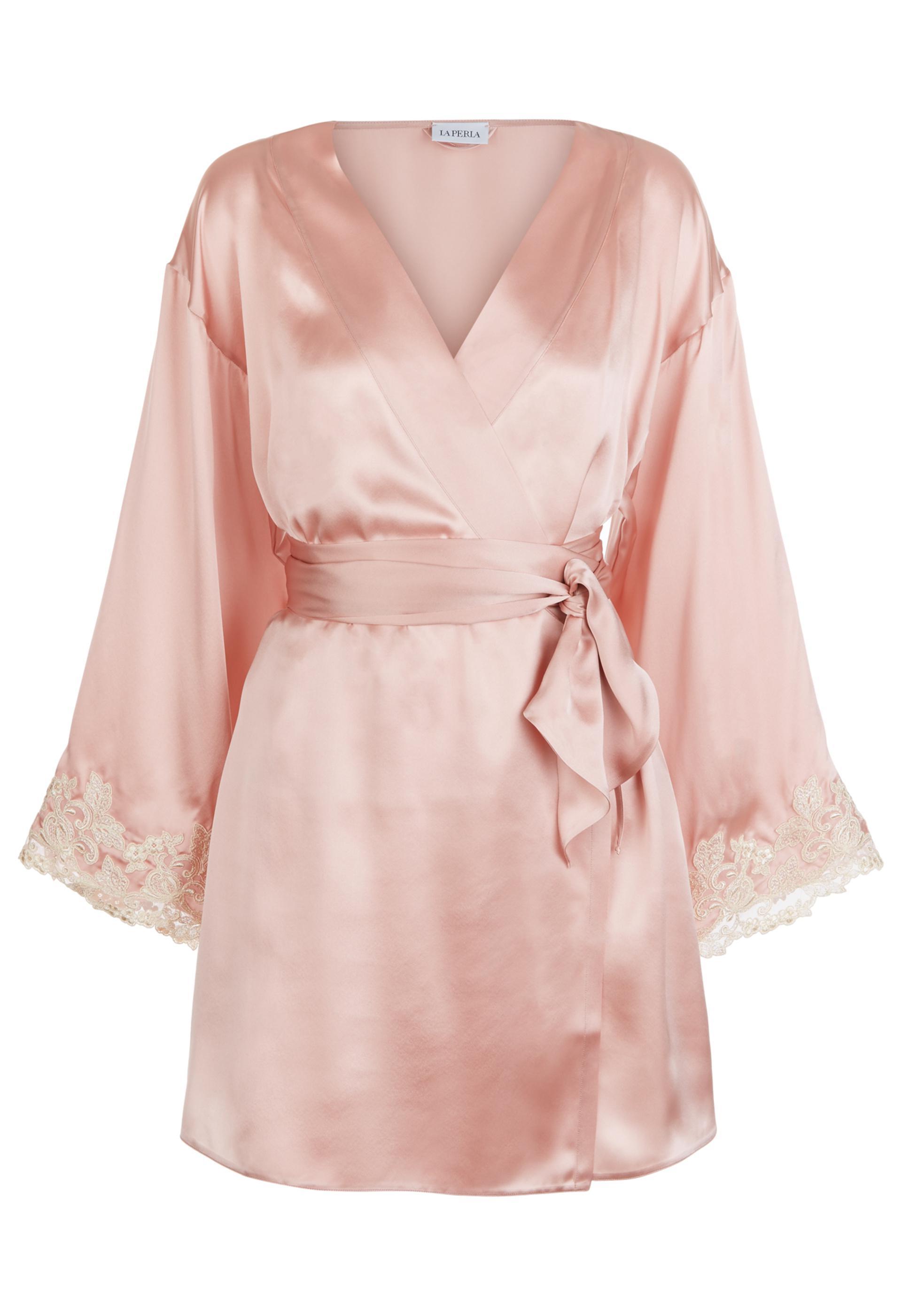 Lyst - La Perla Maison Powder Pink Silk Satin Short Robe With ... 63af5e980
