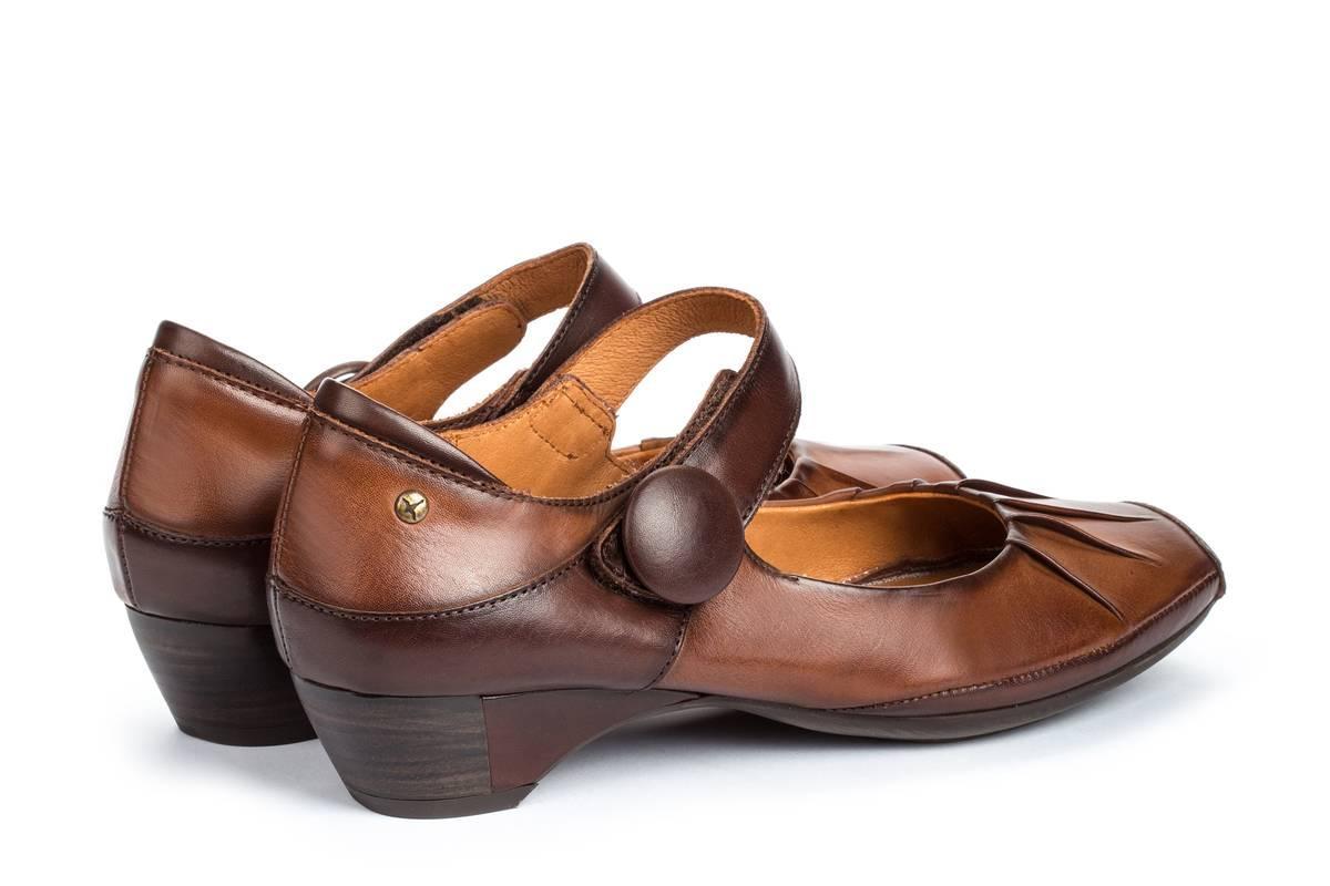 Zapato tacón Gandia Pikolinos de color Marrón