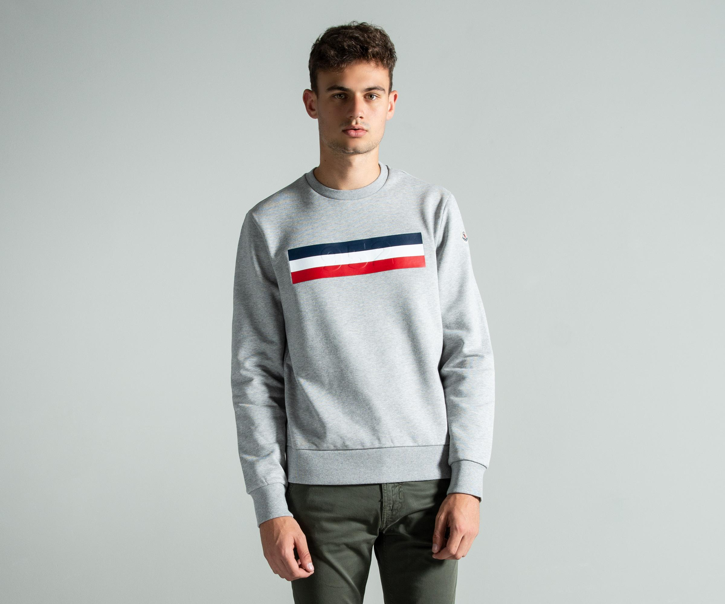 55c996618 Moncler 952 Flag Sweatshirt Grey in Gray for Men - Lyst