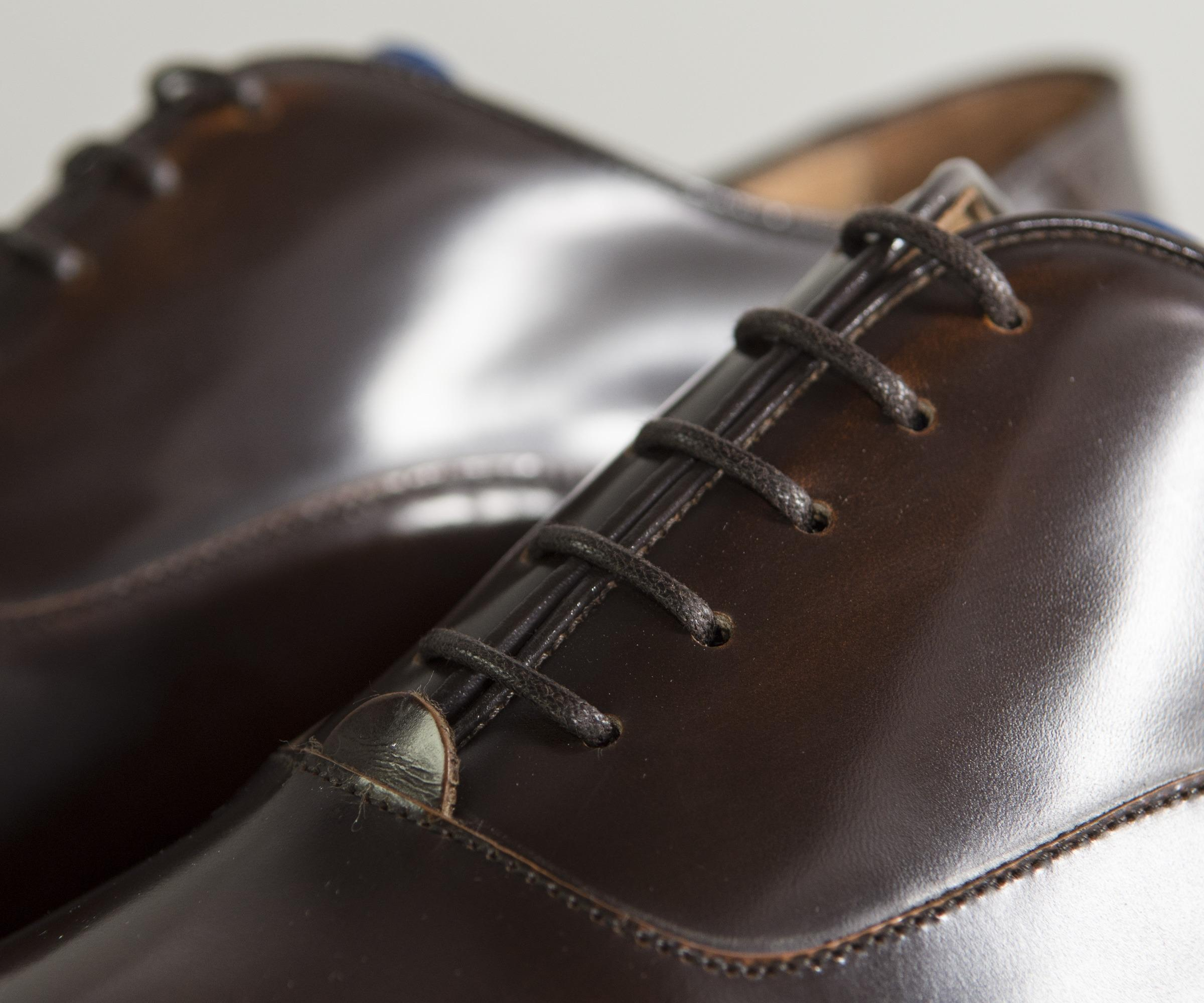 Pockets Leather Sabatini Punched Hole Detail Shoe Brown for Men