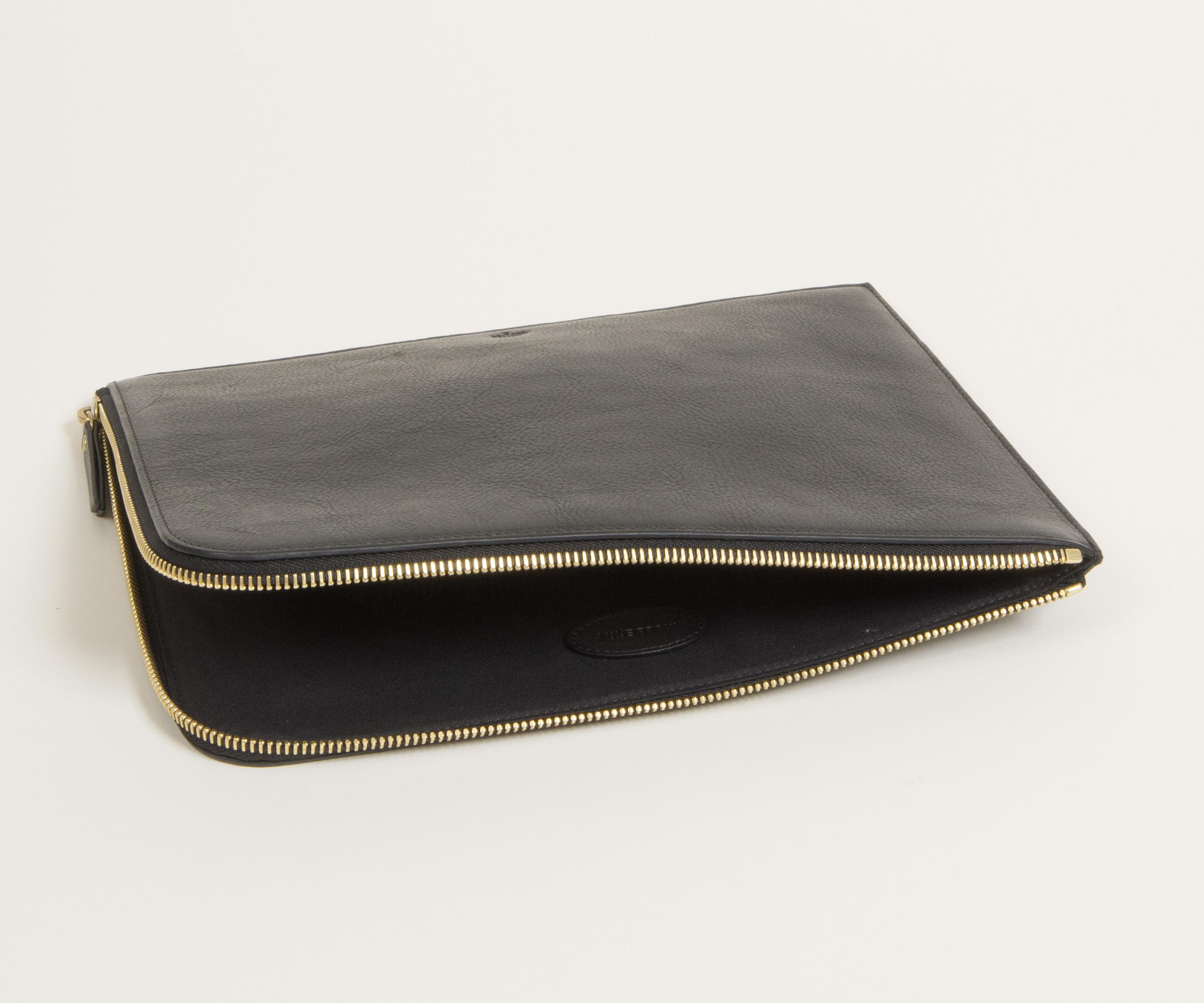 online for sale skate shoes best choice Mulberry Tech Pouch Black Natural Leather for Men - Lyst