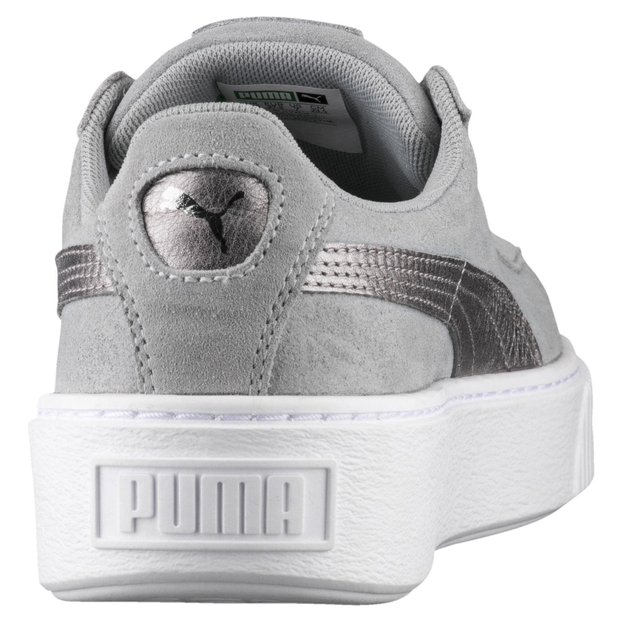 size 40 76d8c 4df55 PUMA Gray Suede Platform Metallic Safari Women's Sneakers