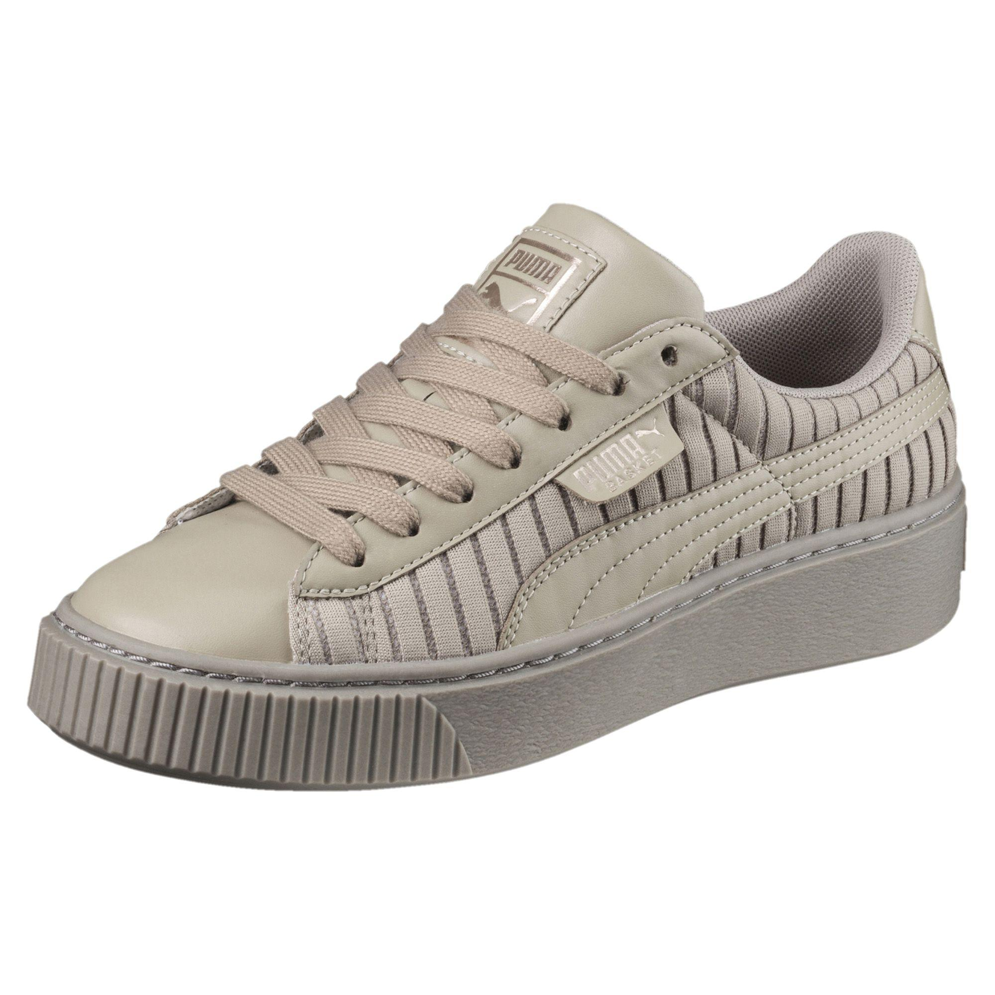 Puma Women's Basket Platform En Pointe Wn Sneaker