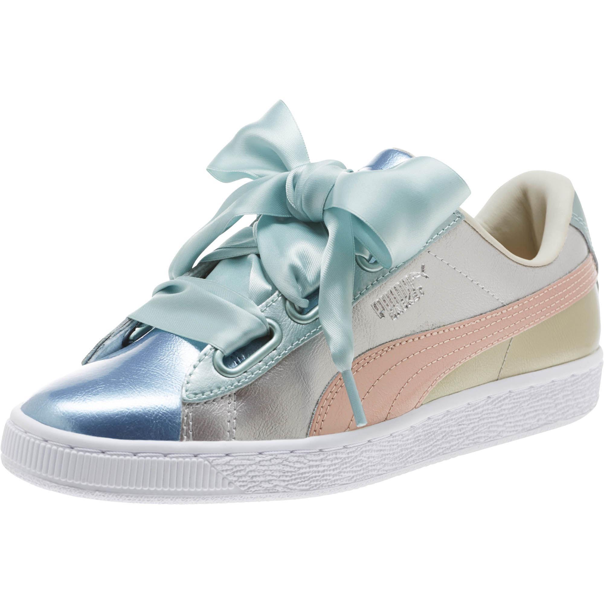 wholesale dealer 99db0 8cc4b PUMA Metallic Basket Heart Bauble Women's Sneakers