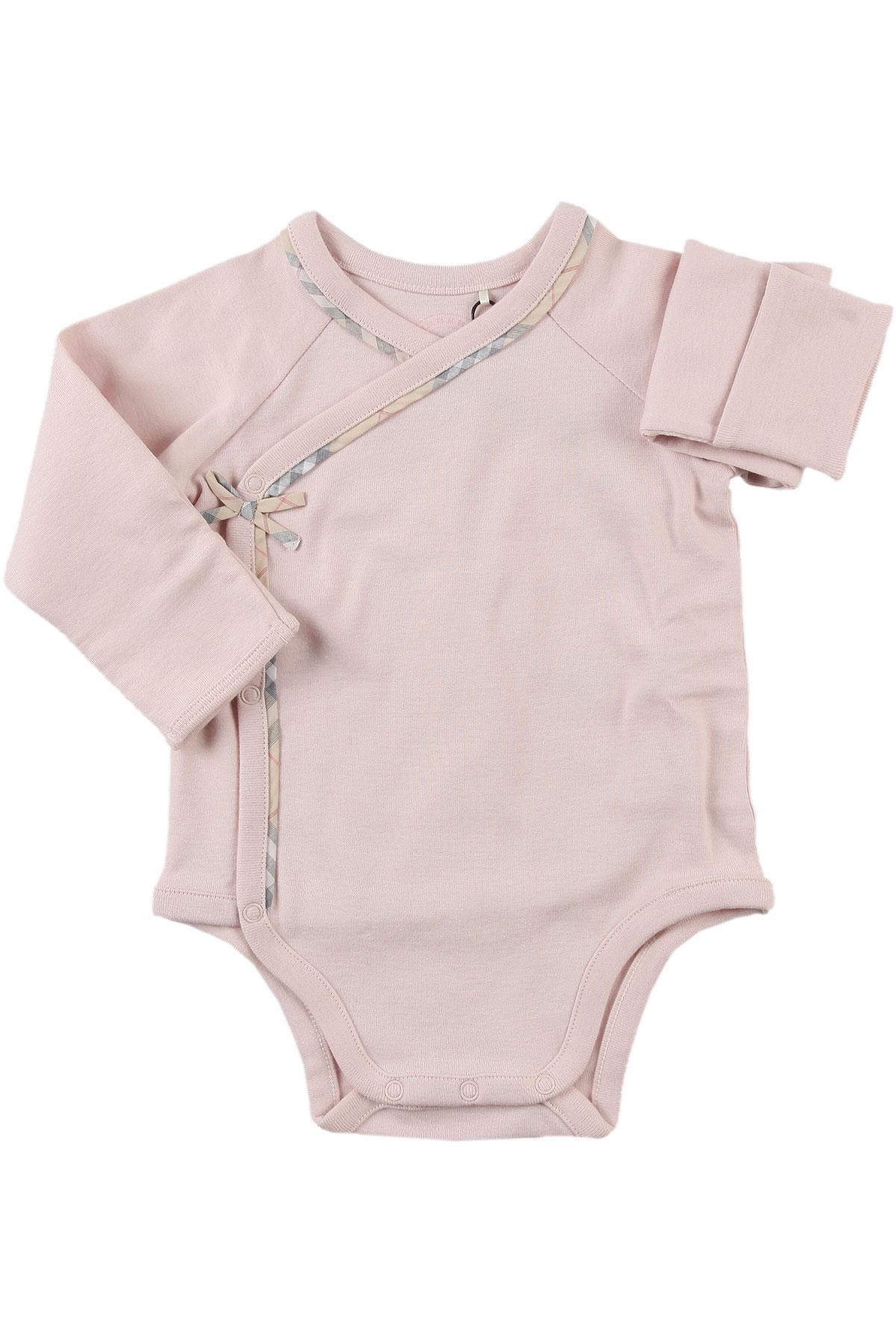 Lyst - Set para Bebé Niña Baratos en Rebajas Outlet Burberry de ... c1e4228caac
