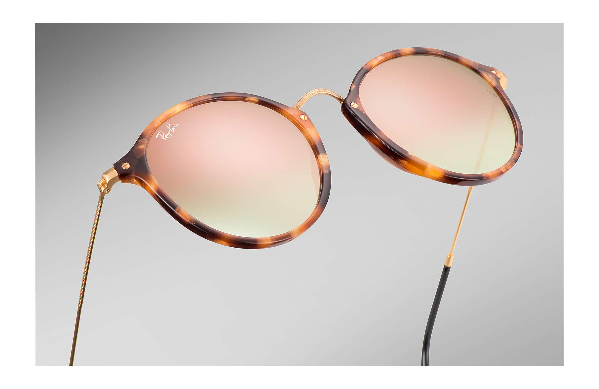 c4a68be96d4 Lyst - Ray-Ban Round Fleck Flash Lenses Gradient in Black