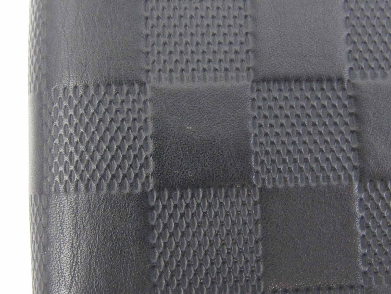 sale retailer 0adef a40c6 Lyst - Louis Vuitton Authe Zippy Vertical Round Wallet Purse ...
