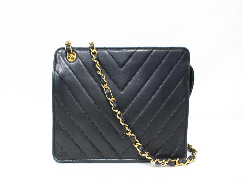 ad28f27fc6d6e Lyst - Chanel V Stitch Chain Shoulder Bag Calf Skin Leather Black ...