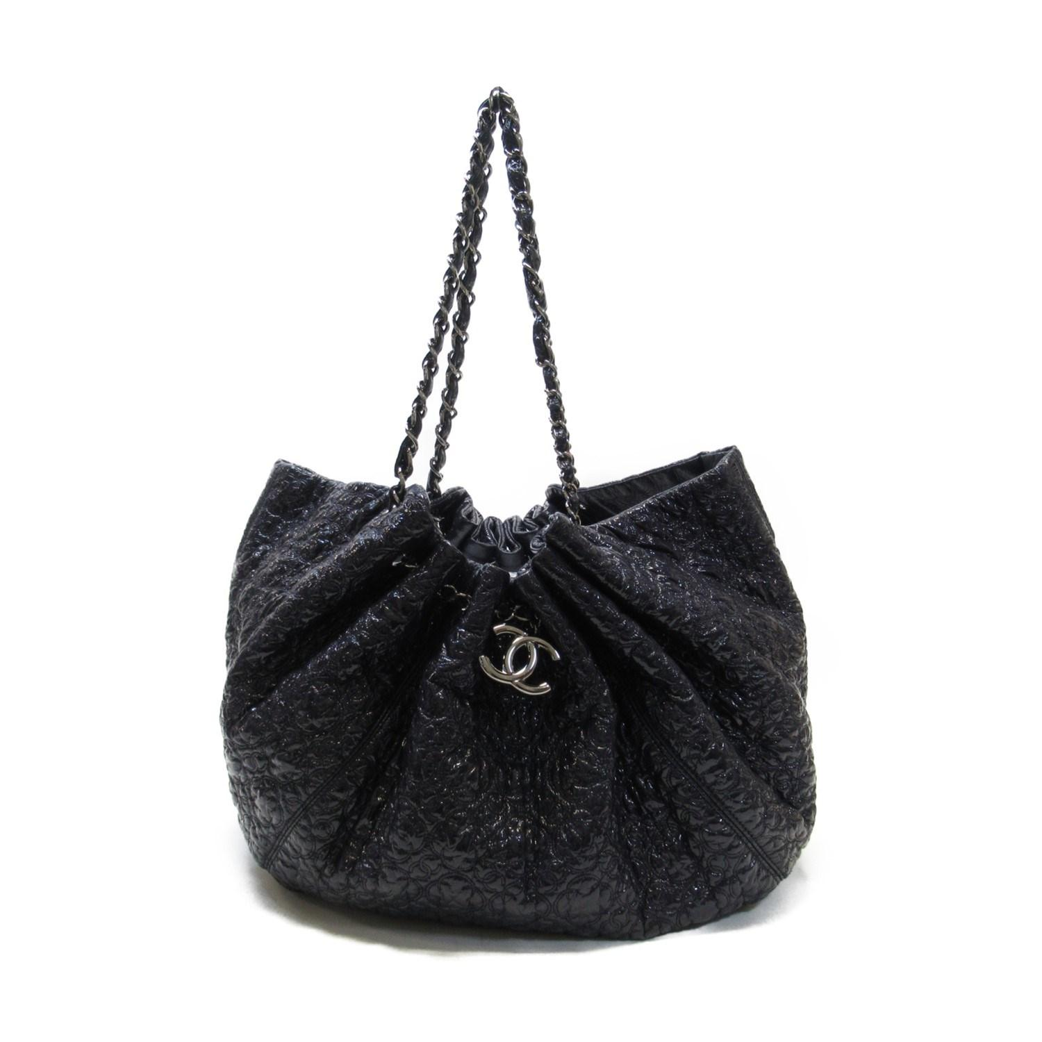 cd97cefb8e78 Chanel. Women's Auth Large Shoulder Tote Bag Black Patent Leather Used  Vintage