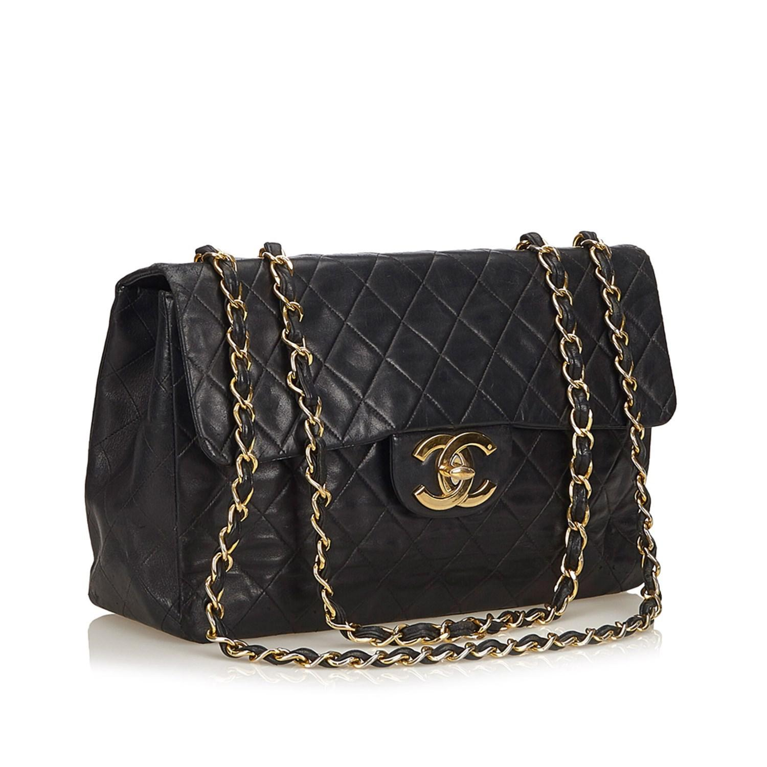 78f25bbba93f Lyst - Chanel Classic Maxi Lambskin Leather Single Flap in Black