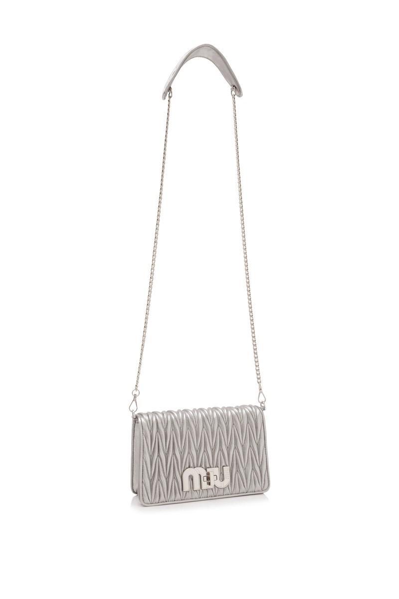 22475264eac5 Lyst - Miu Miu Matelasse Miu Logo Pochette in Metallic