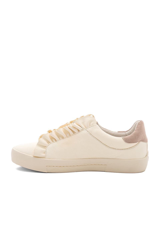 joie daw sneaker