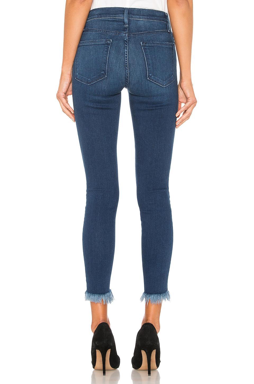 FRAME Synthetik Le Skinny De Jeanne Crop. Size 32. in Blau 7vCBz