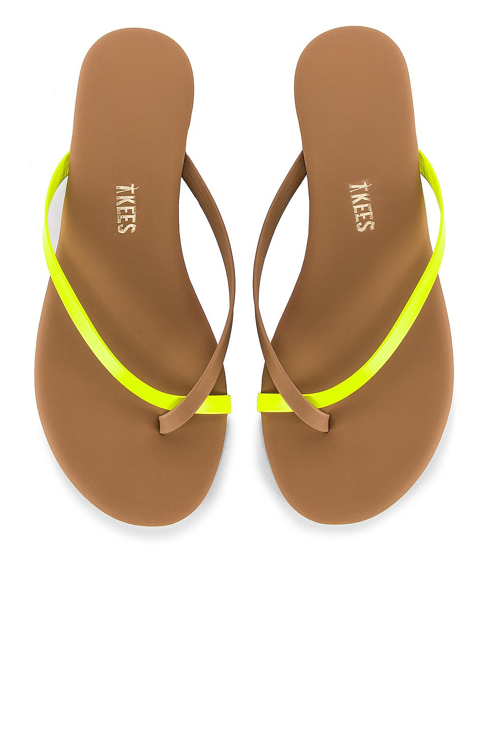 Tkees Riley Neon Flip Flop In Yellow - Save 10 - Lyst-4485