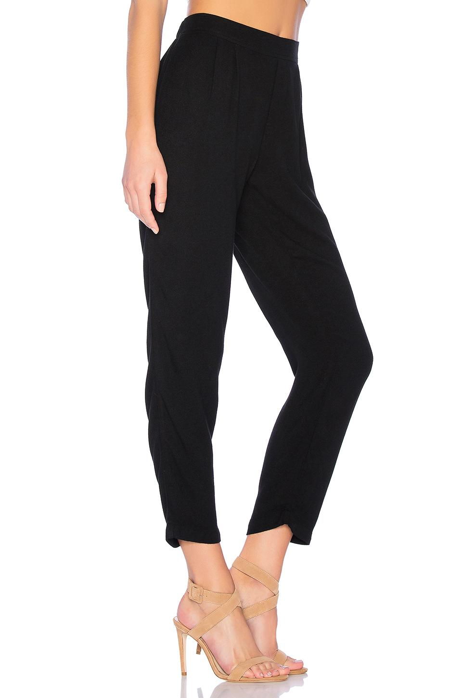 Pantalón pleat front Bella Dahl de Tejido sintético de color Negro