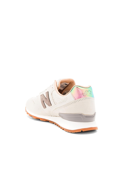 2483ea21eb1a8 New Balance Nb Grey Sneaker - Lyst