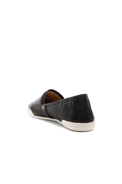 Frye Leather Melanie Slip On Sneaker in Black