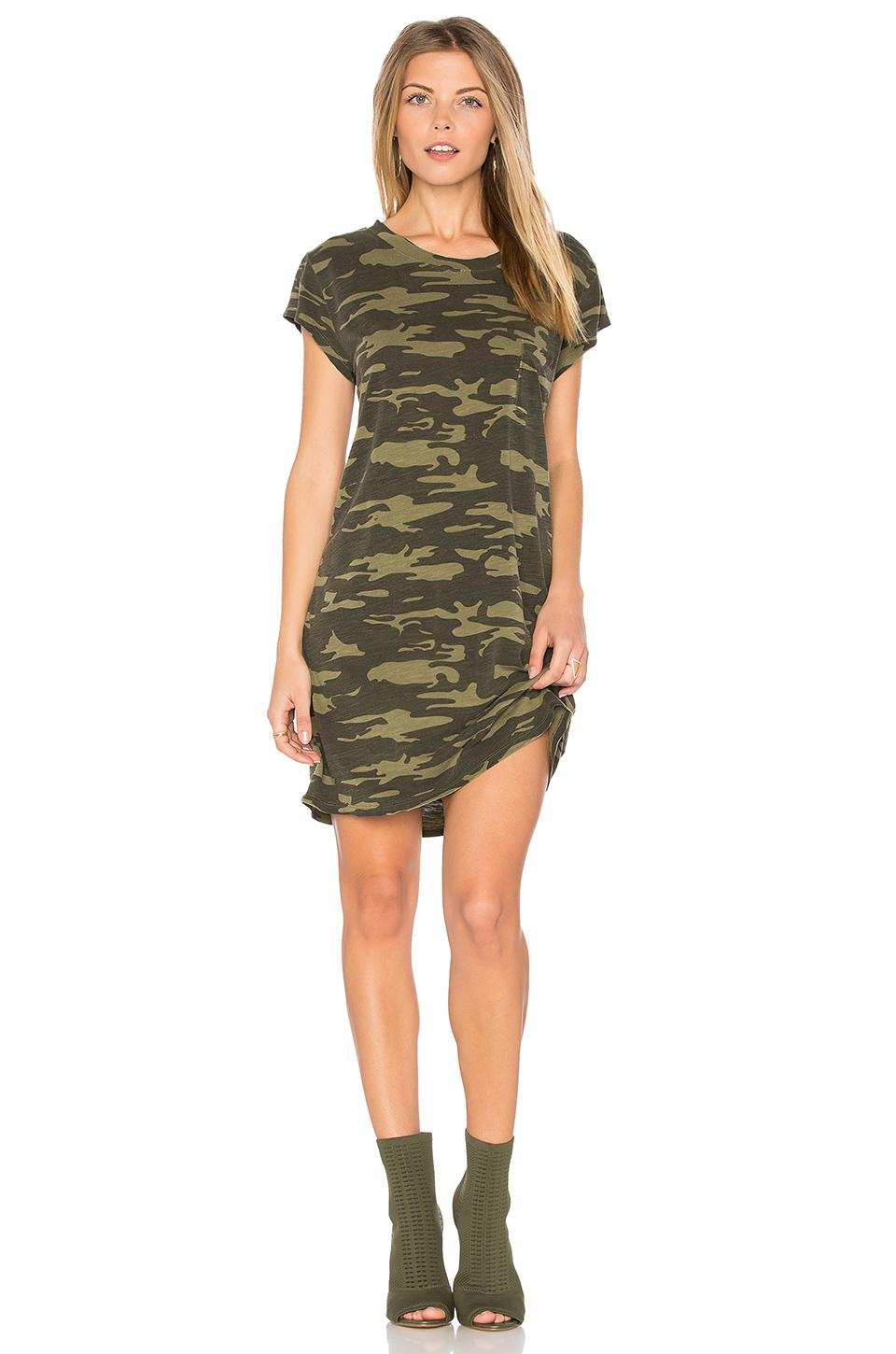 Lyst sanctuary camo t shirt dress in green for Green camo shirt outfit