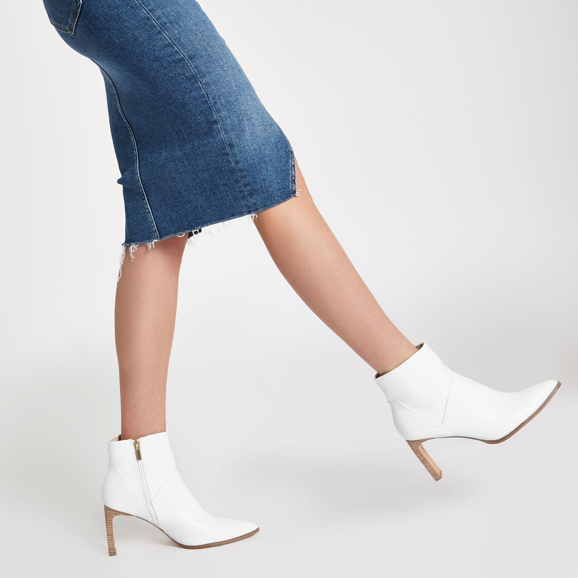 River Island White Pointed Slim Square Heel Boots