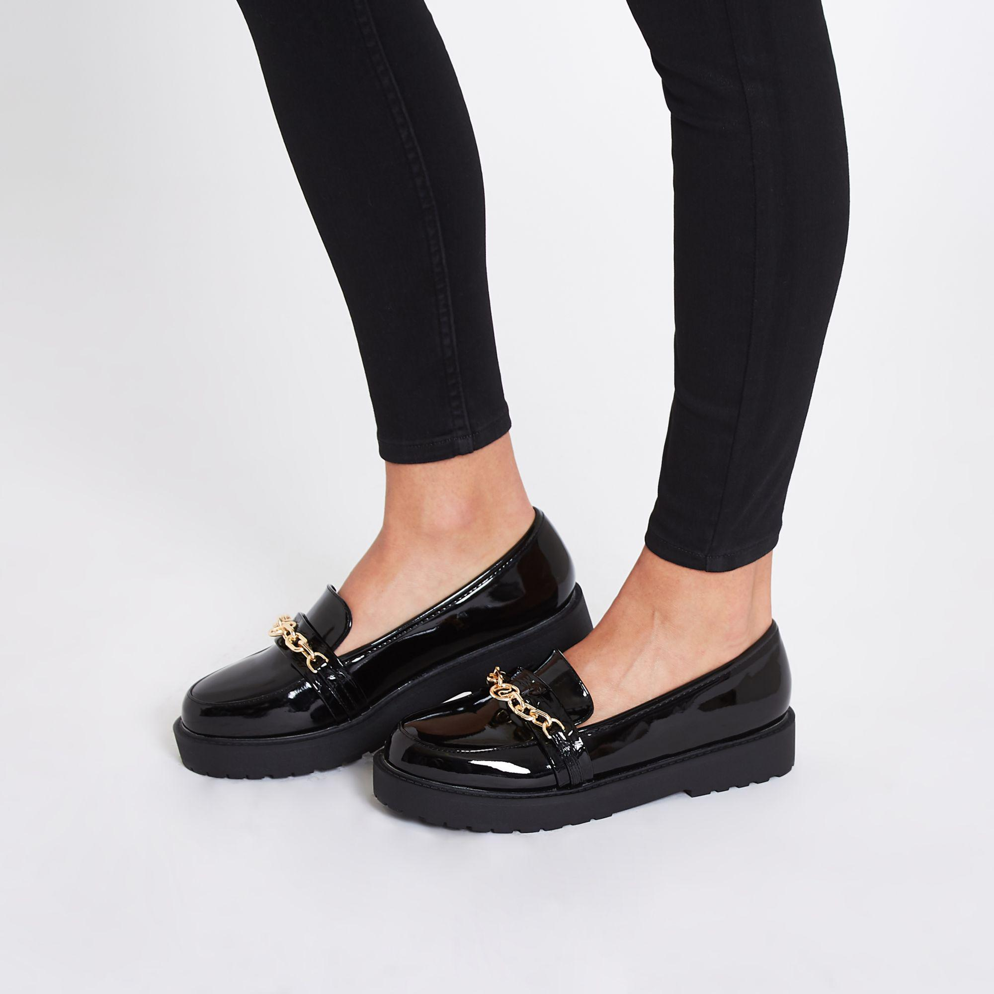 a7a869e39 River Island Chunky Flatform Loafers With Chain Detail In Black in ...