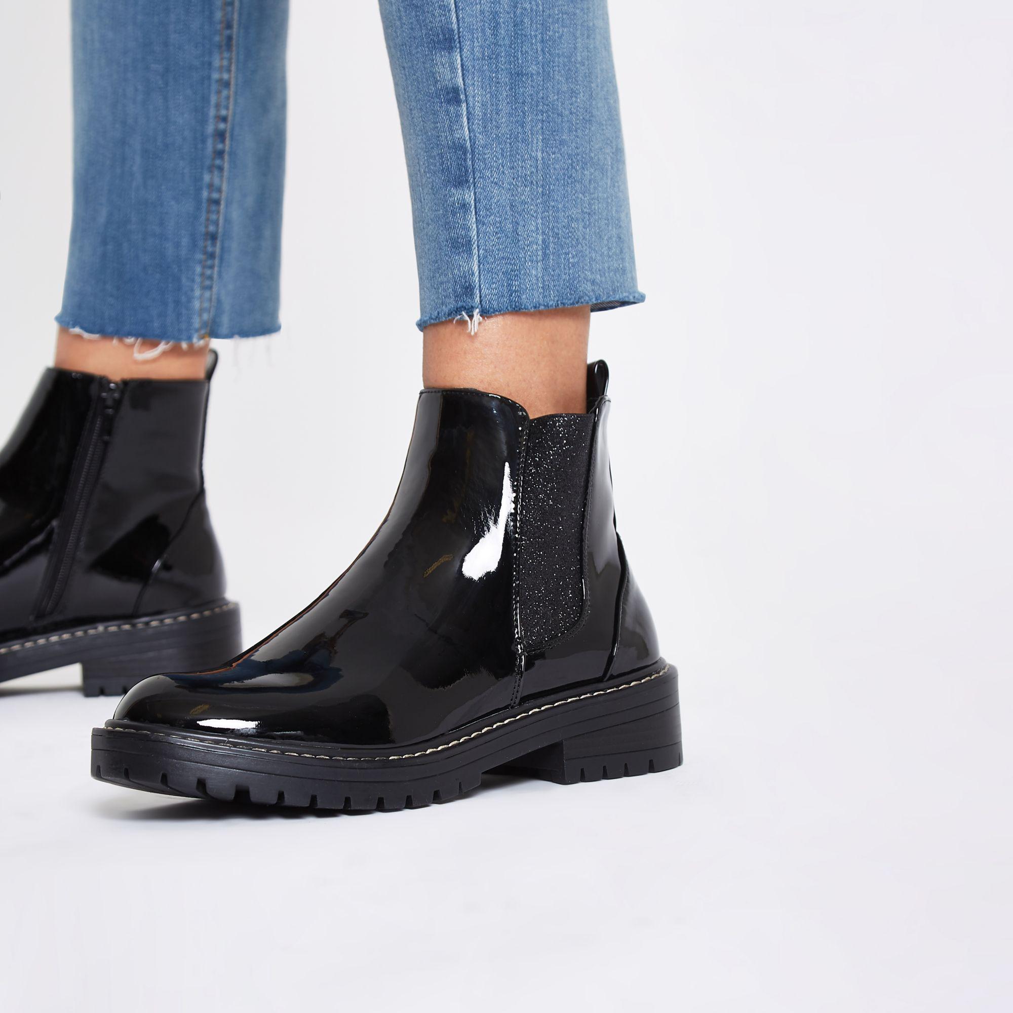 river island svart patent støvler