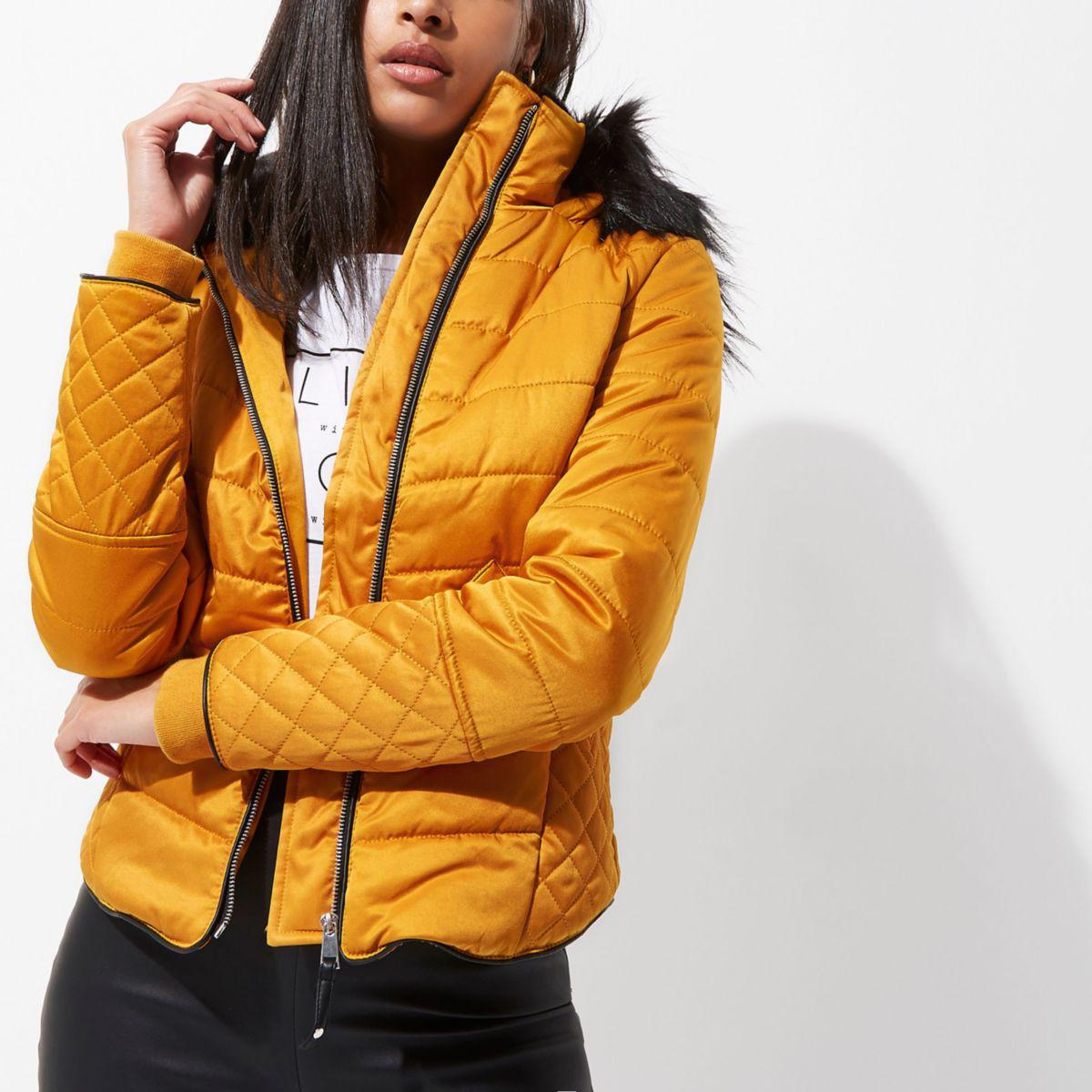 5280893e103 River Island Yellow Quilted Fur Trim Puffer Jacket in Yellow - Lyst