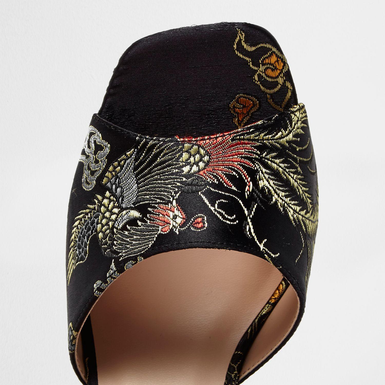 c187366efad82 River Island Black Embroidered Oriental Block Heel Sandals - Lyst