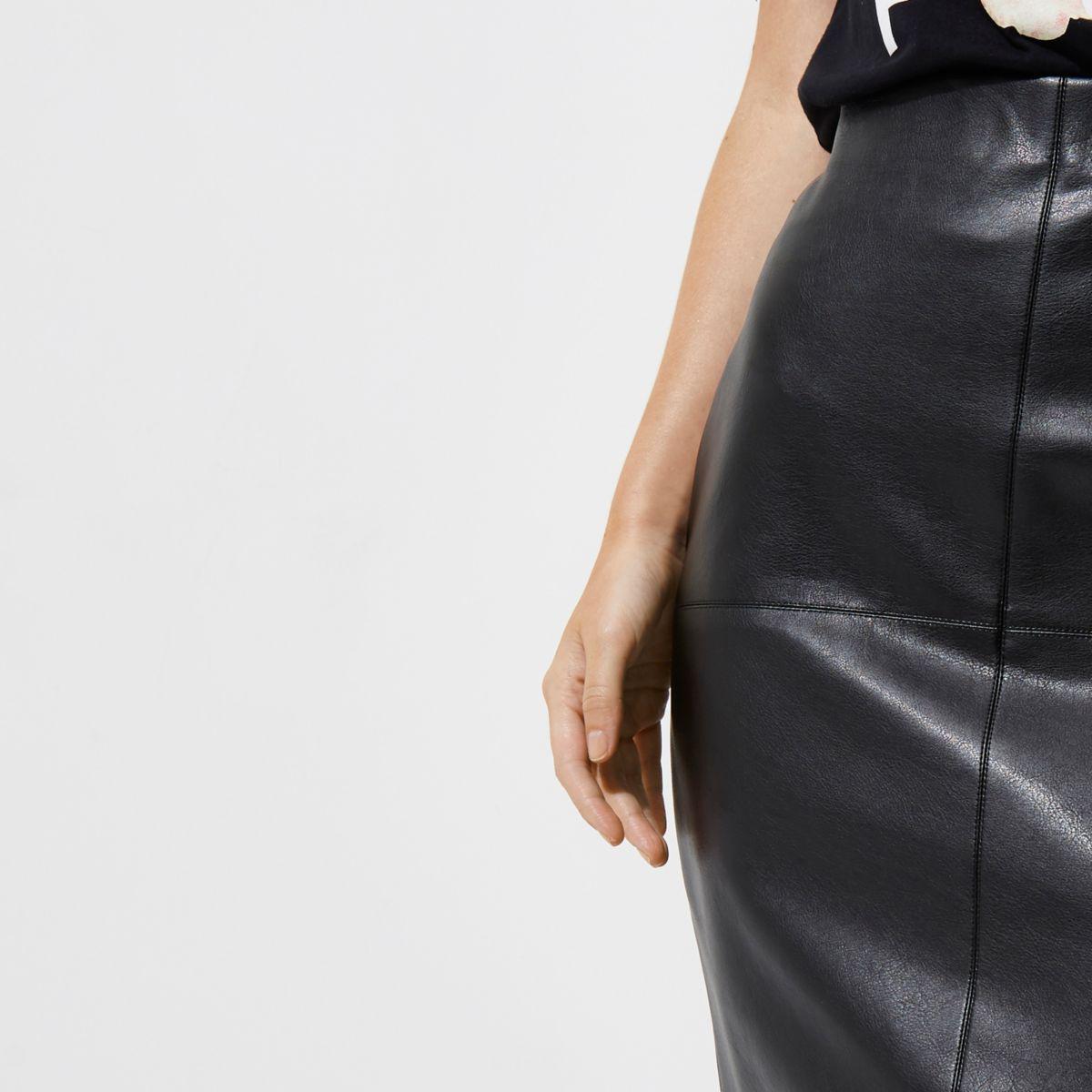 169ea5bb08 River Island Petite Black Faux Leather Bodycon Midi Skirt in Black ...