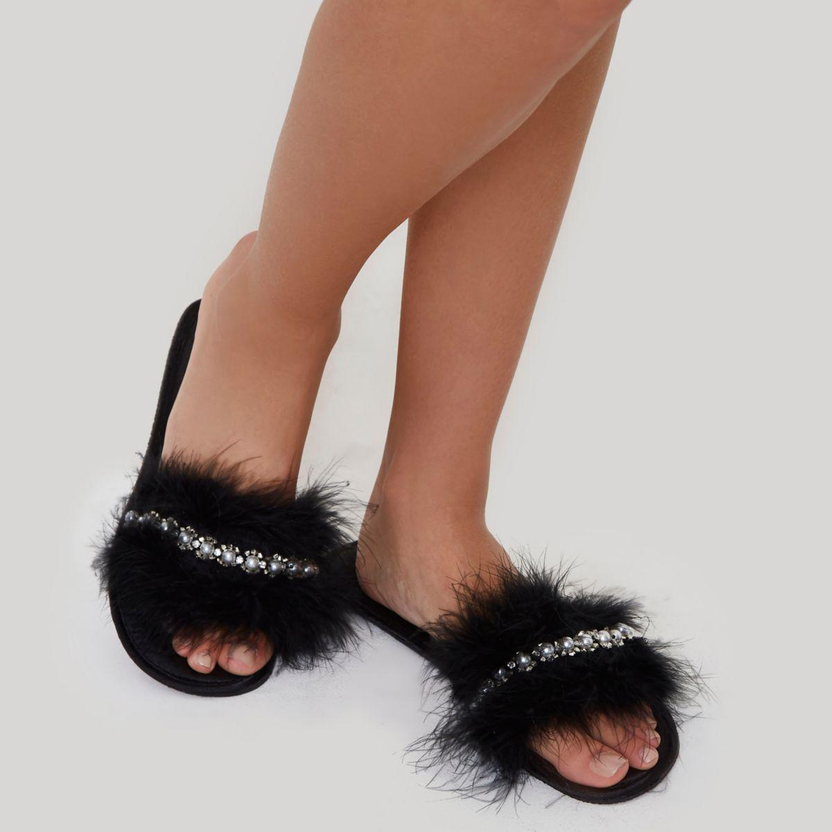580ad6b7566e6 River Island Black Feather Embellished Slippers in Black - Lyst