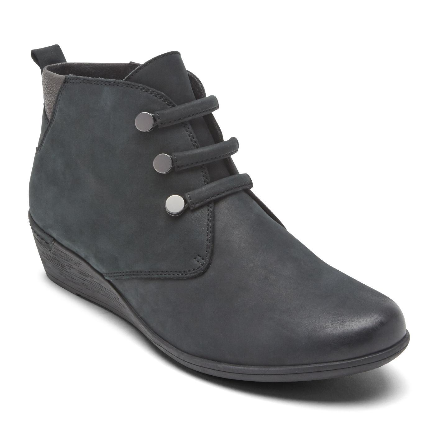 9ad55f420820d Black Women's Cobb Hill Devyn Chukka Boot