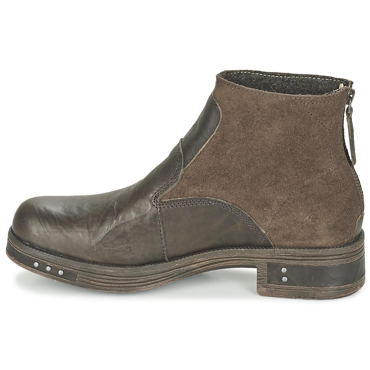 Caterpillar Zoe Low Ankle Boots in Brown