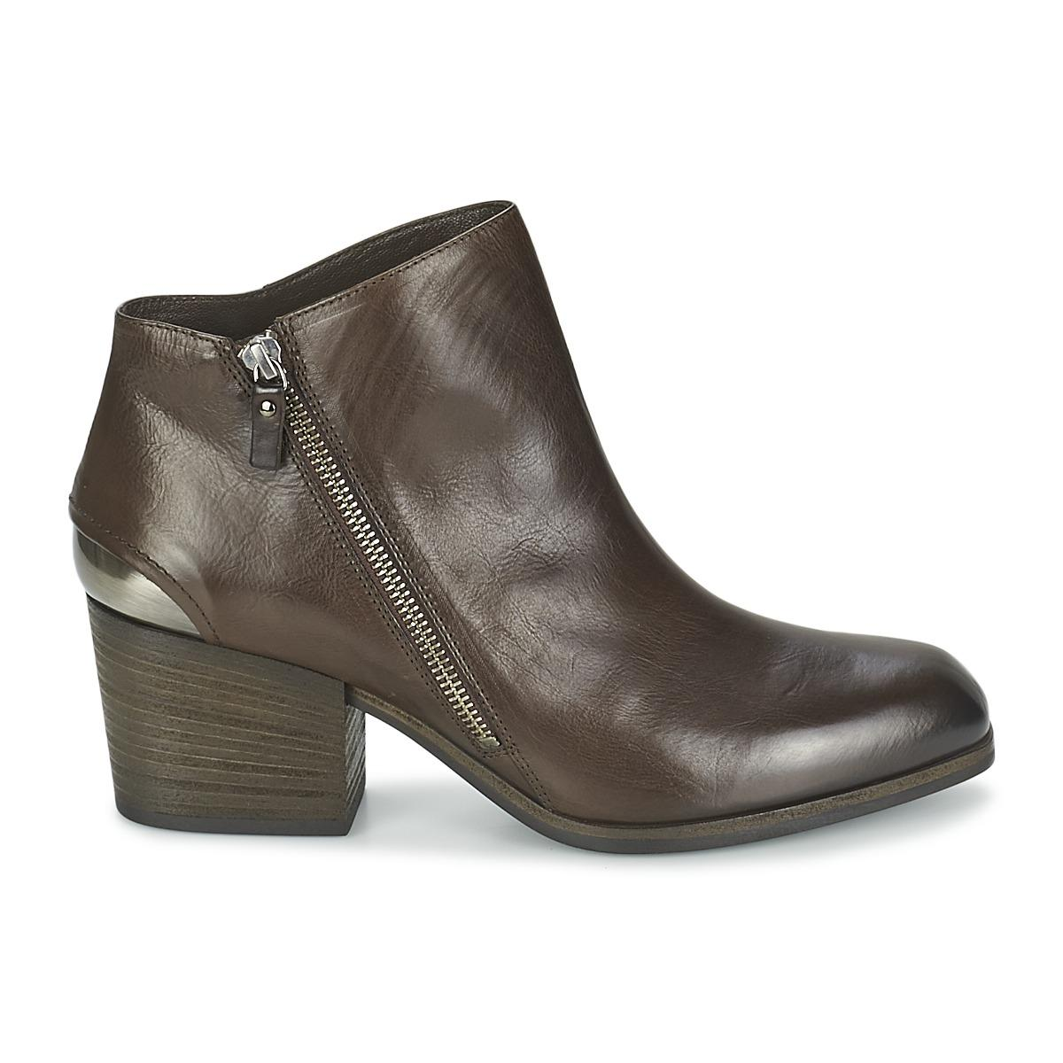 Vic Matié Assinou Low Boots in Brown