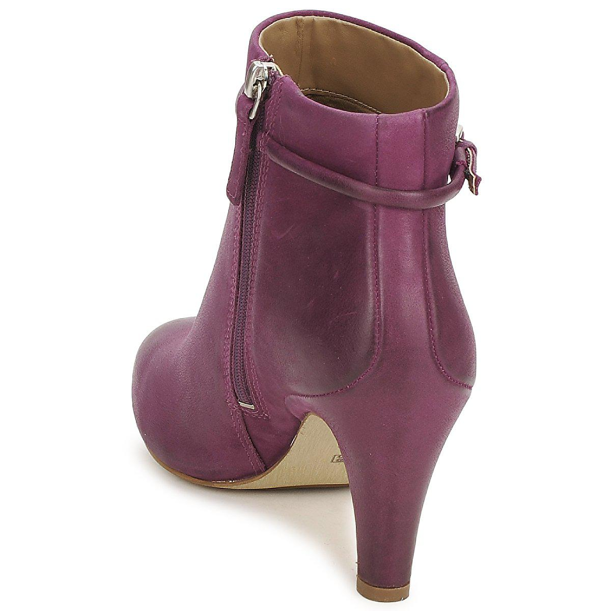 Ecco Leather Lindon Low Ankle Boots in Purple