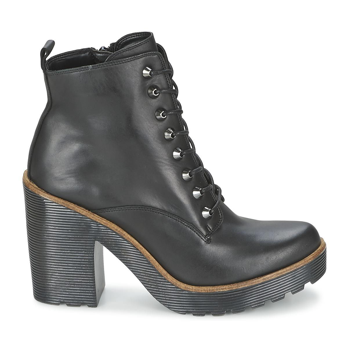 ALDO Leather Latte Low Ankle Boots in Black