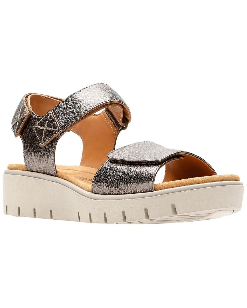 18b59c60136f Clarks Unstructured Un Karely Bay Sandal in Metallic - Lyst