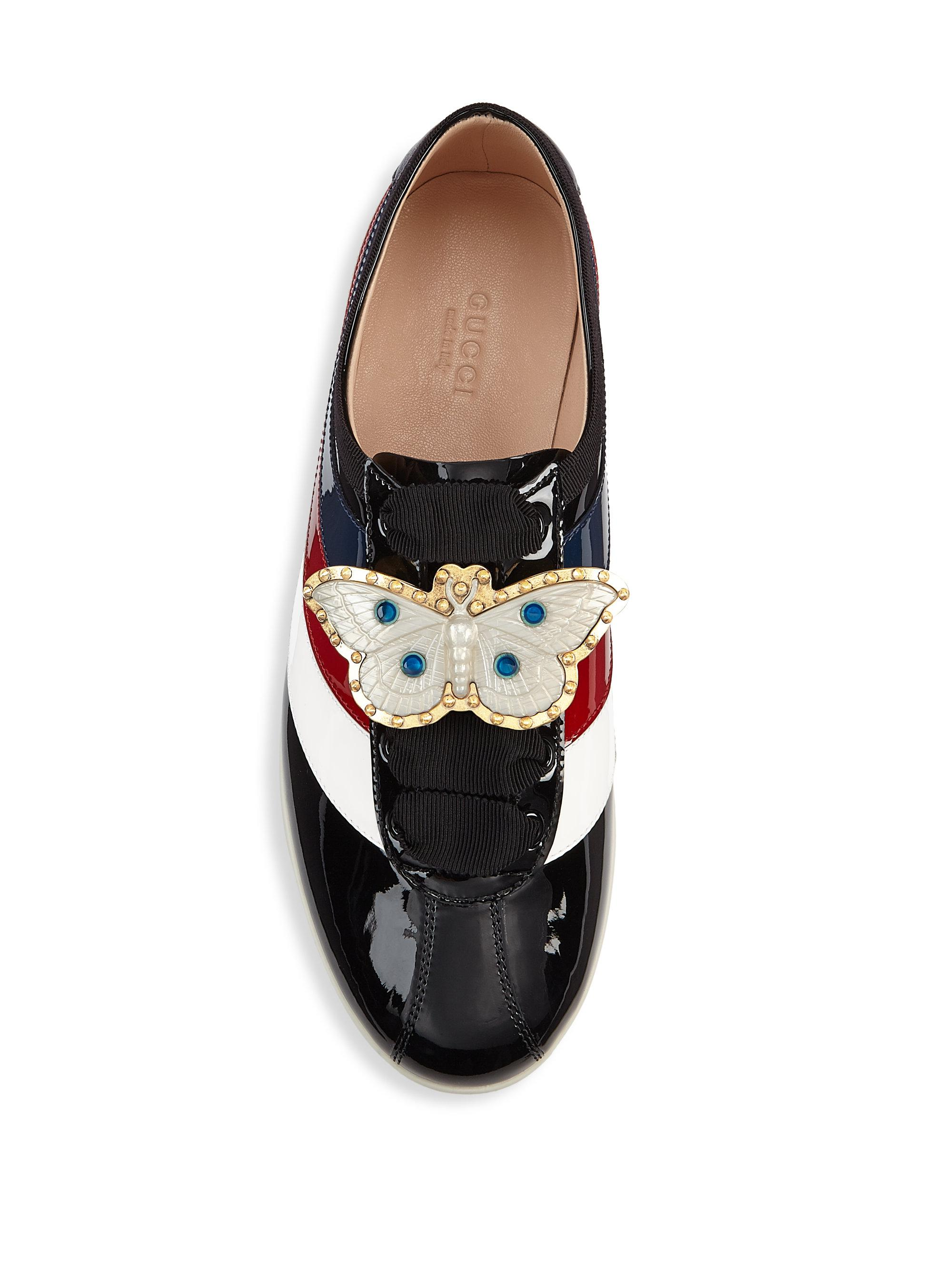 d420232730b Gucci Bee Ornament Patent Leather Sneakers in Black - Lyst