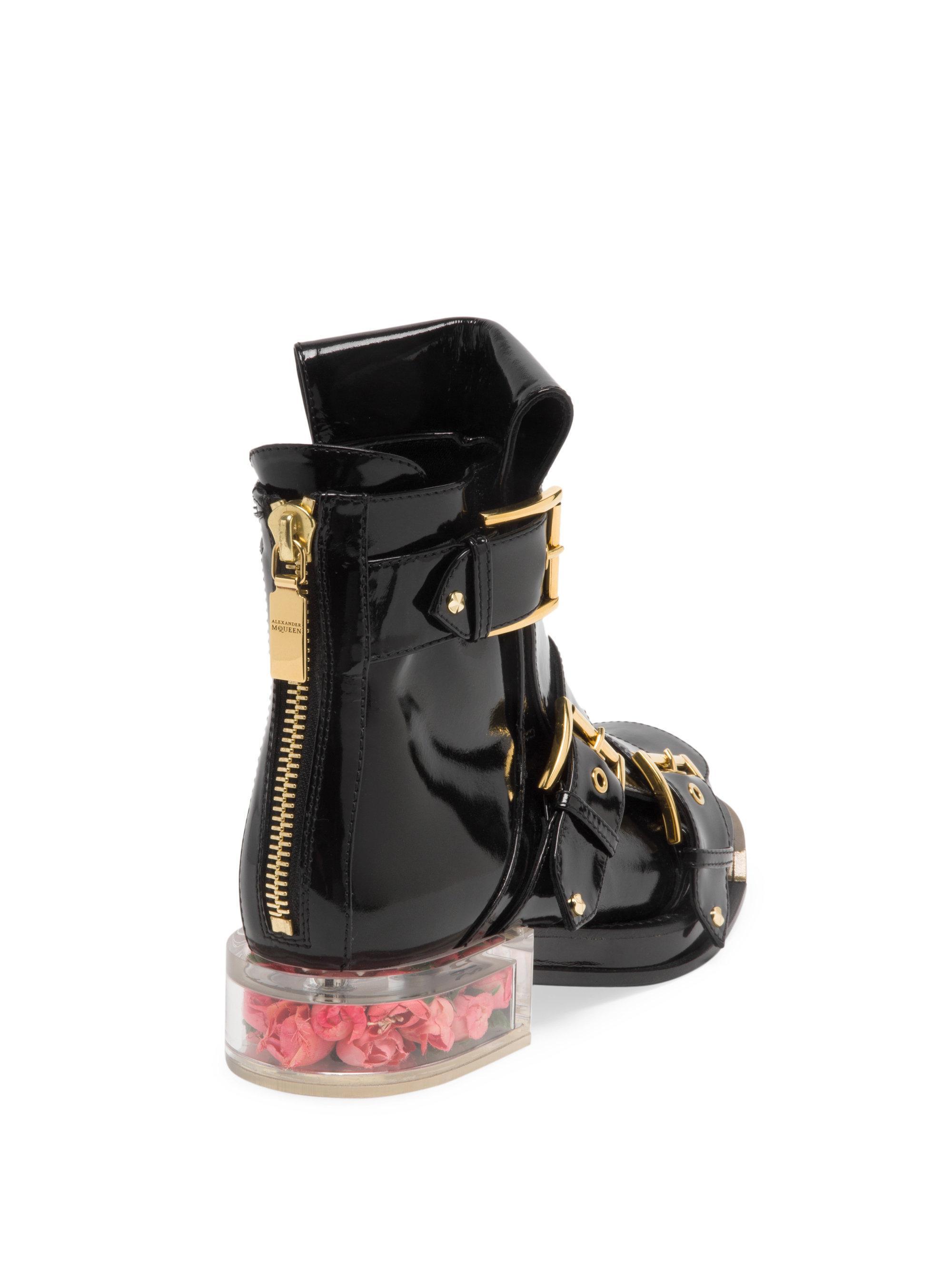 Alexander McQueenRose Bud Heel Patent Leather Boots Rk2uAVO9g
